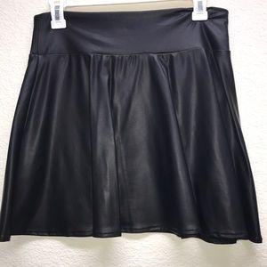 Forever 21 Faux leather skater skirt